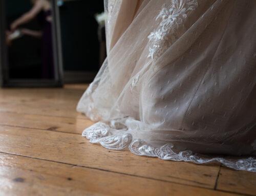Hochzeitstrends 2021: Tiny Weddings und Hosenanzug